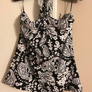 Liz Claiborne Halter top size XL black and white